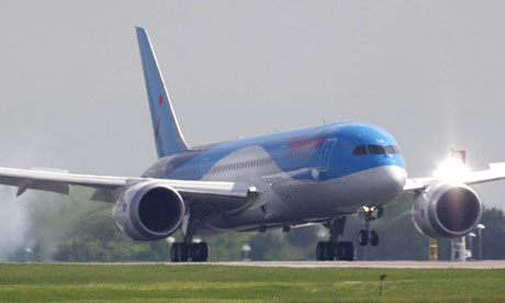 Boeing 787 Dreamliner touches down in Manchester, 31 May 2013